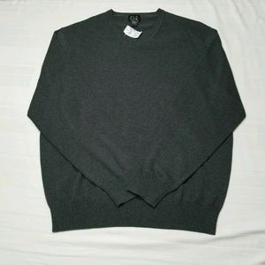 JOS A BANK Large V neck Gray Pullover Sweater